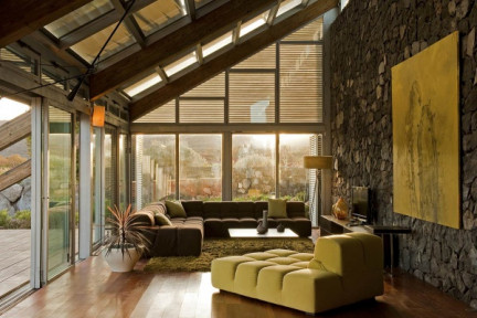 Experimental-Bioclimatic-House-Tenerife-Green-Living-Room-Stone-Wall