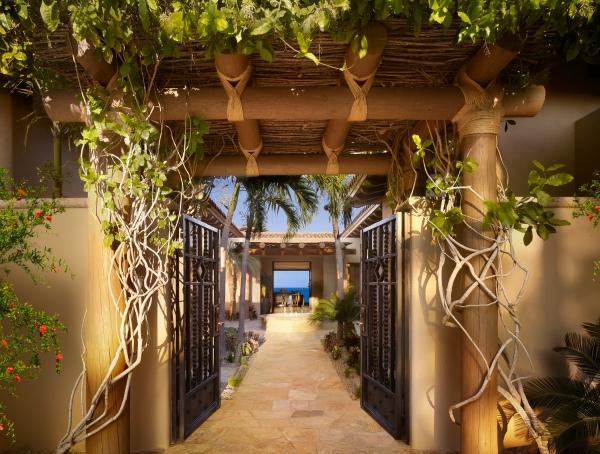 037-WLV-Santa Maria-Courtyard