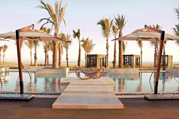 Cortez-Pool-Nobu-Hotel-Los-Cabos